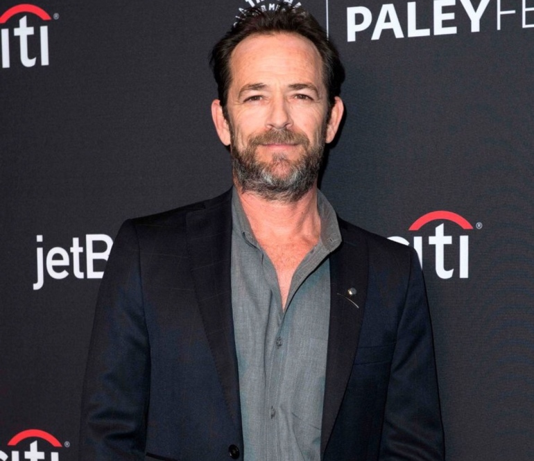 Luke perry suffered from a massive stroke