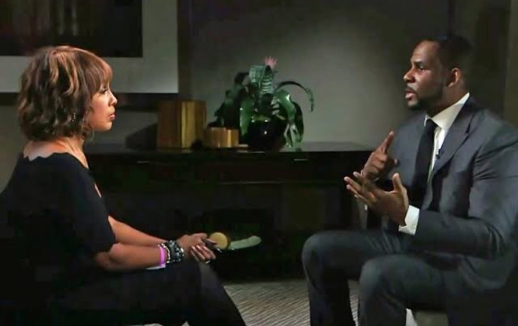 R. Kelly Taken Into Police Custody for Failure to Pay Child Support