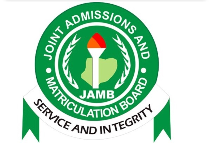 Mob Attacks JAMB Officials In Lagos, Almost Set Them Ablaze
