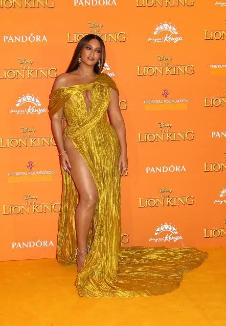 Beyoncé at the premiere of lion king